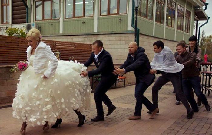Prenez le train du plaisir. Aussi, est-ce que The Bride A Centaur?