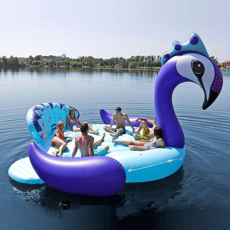 Ce flotteur de piscine en forme de licorne arc en ciel for Piscine portative