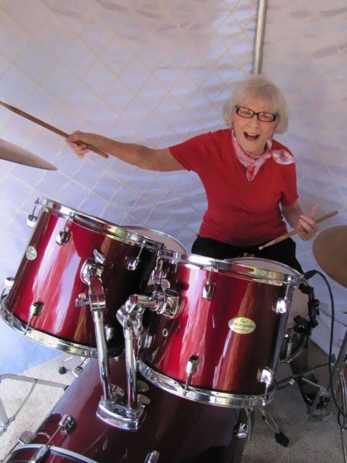 elle joue toujours à 106 ans