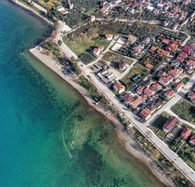 Ancienne basilique coulée sous l'eau en Turquie