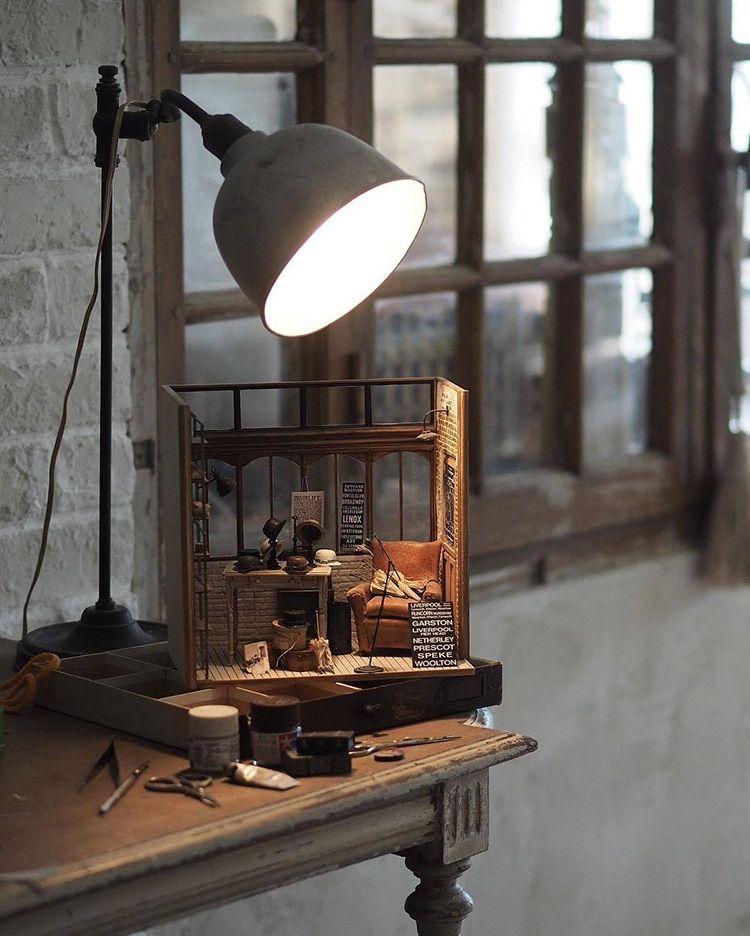 meubles anciens miniatures