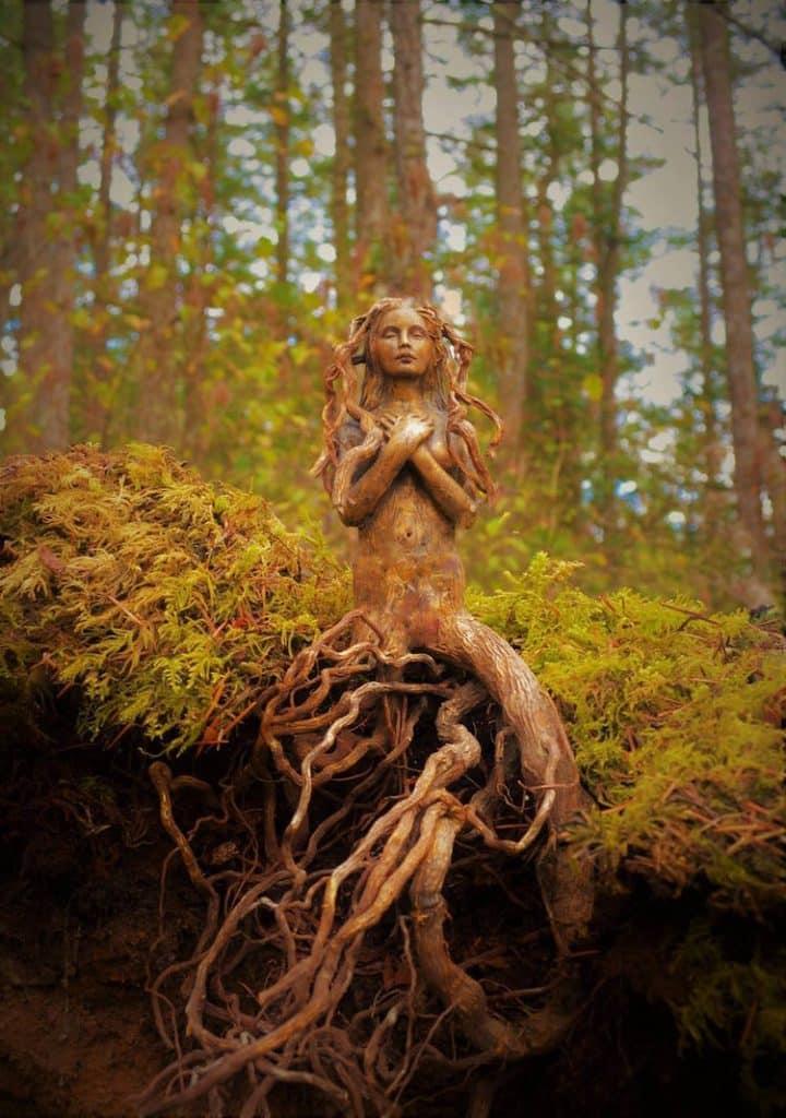 bois flotté en sculptures