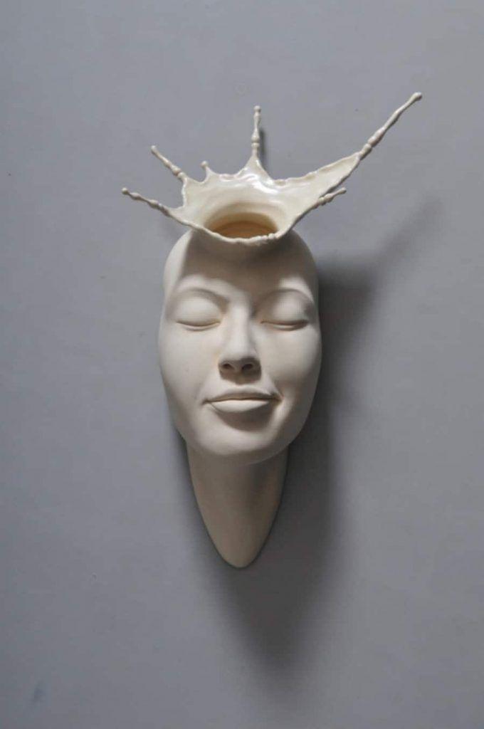 sculptures surréalistes en porcelaine
